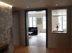 Entrée aérienne Oversized Mirror, New Homes, Shelves, Architecture, Actuel, Furniture, Home Decor, Grand Dressing, Arrondissement