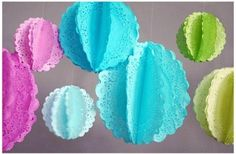 Deko Ideen zum Selbermachen – Papierdeckchen färben