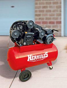 Der Herkules Kompressor 600/10/100 hat die ideale Große für den kleinen Handwerksbetrieb oder die gut ausgerüstete Werkstatt.