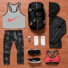 .@nikerunning | Working out never looked this good. Introducing our new women's premium colle...