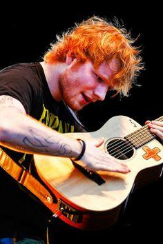 Music artists lyrics ed sheeran 16 best ideas Edward Christopher Sheeran, Ed Sheeran Love, Ginger Beard, Ginger Men, Star Wars, Edd, To My Future Husband, Music Is Life, Music Artists