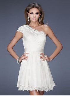 A-Line/Princess One-Shoulder Short/Mini Chiffon Cocktail Dress With Ruffle Lace