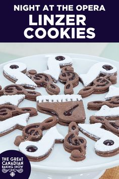 Homemade mulled wine jam and chocolate cookies are a beautiful match in these classic Linzer cookies. Linzer Cookies, Jam Cookies, Sandwich Cookies, Homemade Mulled Wine, Baker Recipes, Chocolate Cookies, Sweets, Classic