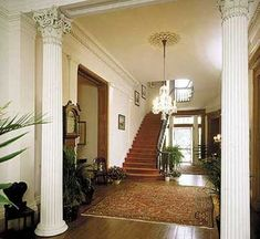 Madewood Plantation foyer
