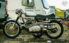 RocketGarage Cafe Racer: Norton Commando