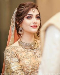 Hochzeit Gorgeous valima bride You Are Big Brother Article Body: Remember 19 Pakistani Bride Hairstyle, Bridal Hairstyle Indian Wedding, Indian Wedding Hairstyles, Pakistani Engagement Hairstyles, Pakistani Bridal Hair, Pakistani Bridal Makeup Hairstyles, Hair Wedding, Bridal Makeup Images, Bridal Makeup Looks