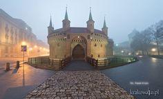 Krakow- Barbakan  - Old City -ZAMKNIJ OKNO