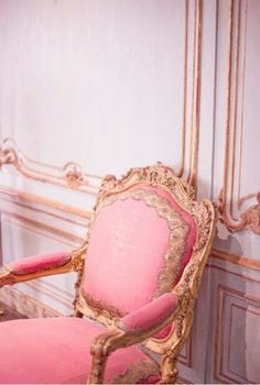 pink chair, out of contol, so Marie Antoinette.