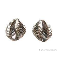 Retro Avon 1988 'Sea Treasures' Silvertone Earrings