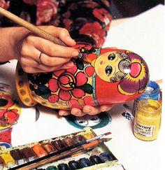 painting matryoshaka dolls   ... style polkhov maidan matryoshka russian matryoshka nesting dolls in
