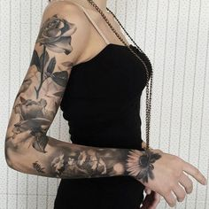 Full sleeve tattoos can never limit your creativity. You are at liberty to combine different types of flowers to show diversity and imagination. This tattoo is a combination of three different flower types including roses, which signify flourishing elegance. There is also a bee that is flying above the flowers, which shows tenacity. Half Sleeve Tattoos Designs, Full Sleeve Tattoos, Best Tattoo Designs, Sleeve Tattoos For Women, Tattoo Designs For Women, Women Sleeve, Tattoo Sleeves, Tattoo Women, Sexy Tattoos For Women