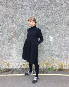 The buttondown capped sleeve dress in black linen, worn over a cotton turtle neck = outfit perfection . Dress available in two sizes on Etsy. Link in bio. #phaedraclothing