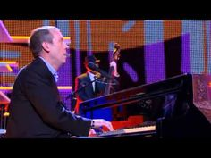 Hugh Laurie in Live du Grand Journal - Didnt it Rain (2013).- - YouTube