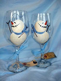 Hand Painted Wine Glass - Winter Snowmen - Personalized and Custom Wine Glasses for , Birthday, Wedding, Party, Special Occasions Wine Glass Crafts, Wine Craft, Wine Bottle Crafts, Wine Bottles, Snowman Crafts, Christmas Crafts, Christmas Presents, Merry Christmas, Christmas Wine Glasses
