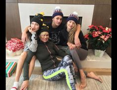2015 Holiday Cheer -- Celebrity Twitpics | TooFab Photo Gallery
