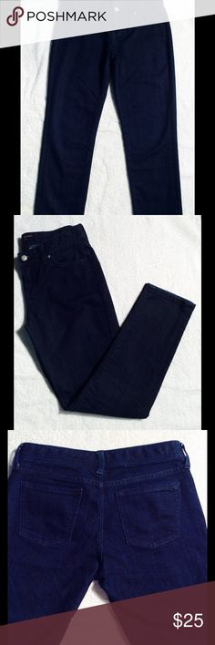 """Skinny Fit Jeans Dark rinse skinny fit ankle jeans, like new condition. 27"""" inseam. Super Nice🌺 Banana Republic Jeans Ankle & Cropped"""