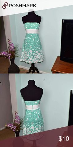 Beautiful Aqua Polkadot Strapless Dress In excellent condition. Absolutely adorable! Dresses Strapless