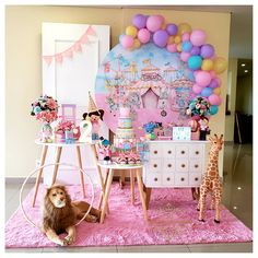 Beef Recipes, Cake, Party, Industrial Kids Decor, Girls Party Decorations, Pink Party Decorations, Clowns, Candy Stations, Parties Kids