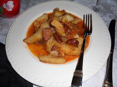 HUNGARIAN PAPRIKA POTATO SAUSAGE STEW - Magyar Kolbászos Paprikás Krumpli - Canada hungarian food | Examiner.com