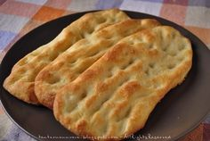Focaccine… come al mare No Salt Recipes, Bread Recipes, My Favorite Food, Favorite Recipes, Focaccia Pizza, Salty Cake, Bread And Pastries, Galette, International Recipes