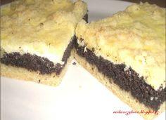 Kombinace maku a tvarohu je moc dobrá a koláč nezklame.