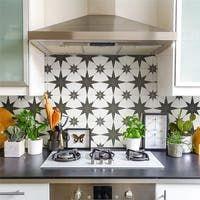Cement Tile Backsplash, Kitchen Tiles, Kitchen Flooring, Wall And Floor Tiles, Wall Tiles, Victorian Kitchen, Black Tiles, Kirchen, Kitchen Interior