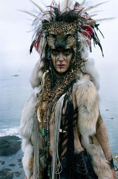 we like the animalistic look of this tribal headdress Larp, Cosplay, Character Inspiration, Character Design, Makeup Inspiration, Barbarian, Pics Art, Post Apocalyptic, Burning Man