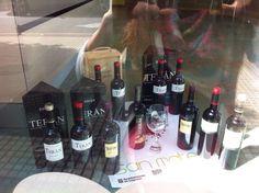 Marqués de Terán en otro escaparate de Logroño: Roche Bobois, en Calle belchite 10 #SanMateo