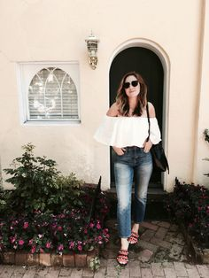 Off the shoulder top + high waisted jeans in Georgetown