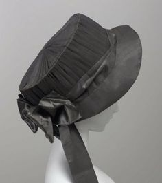 Woman's hat, American, late 18th to early 19th century.