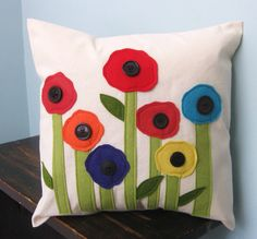 Spring Poppies Pillow Cover by DesignsByNancyT on Etsy Cute Pillows, Diy Pillows, Decorative Pillows, Throw Pillows, Cushions, Cushion Covers, Pillow Covers, Felt Pillow, Penny Rugs