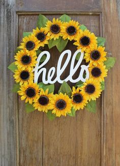 Sunflower Wreath, Spring Wreath, Summer Wreath, He Sunflower Room, Sunflower Wreaths, Sunflower Home Decor, Sunflower Crafts, Sunflower Decorations, Yellow Home Decor, Sunflower Bathroom, Spring Home Decor, Summer House Decor