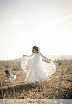 Fotos de comunión en el campo de Murcia Fotos Ideas, Murcia, First Communion, Conception, One Shoulder Wedding Dress, Portraits, Poses, Wedding Dresses, Kids