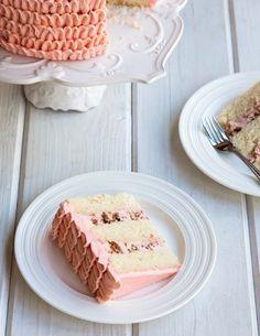 Poppytalk: Riesling Rhubarb Crisp Cake. *Make*