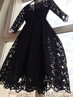 Retro dress from Livada cu rochii Retro, Retro Illustration