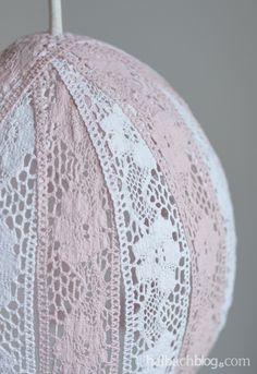 halbachblog diy partydeko holzbesteck mit bunten b ndern an holzteller binden ribbon yarn. Black Bedroom Furniture Sets. Home Design Ideas