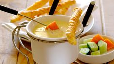 VELVET CHEESE FONDUE SAUCE - Steamed veggies such as asparagus, whole button mushrooms, broccoli, cauliflower and baby potatoes make excellent dipping options! Cheese Recipes, Sauce Recipes, Romantic Meals, Romantic Recipes, Cream Soup Recipes, Pumpkin Souffle, Cauliflower Gratin, Steam Veggies, Gratin Dish