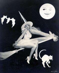26 Vintage Halloween Costume Inspirations!