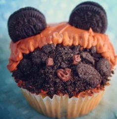 Ewok cupcake