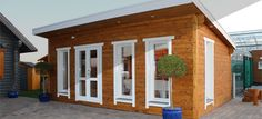 At Coppola Cabins, we work with prefabricated buildings that will be quickly assembled on-site. Please have a look.