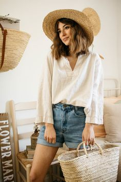 clothes and goods for slow, simple, and sustainable living — Calico and Twine Boho Outfits, Cute Outfits, Fashion Outfits, Womens Fashion, Boho Spring Outfits, Fashion Shirts, Preppy Outfits, Fashion 2018, Fashion Clothes
