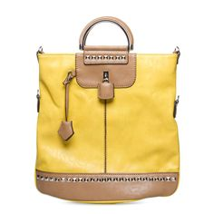 This bag really makes a statement.. I'm loving it!!