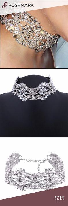 Rhinestone choker Make a statement with this beautiful silver Rhinestone choker! Jewelry Necklaces