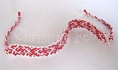 Фенечка выполнена из ниток мулине косым плетением, март 2014 год. http://www.christinafee.net/accessories-things