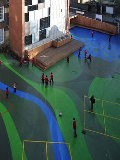 Playground Charlotte Sharman Primary School / de Matos Ryan. UK.