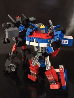 G1 Transformer Smokescreen / Bluestreak (mini figure scale / transformable) : A LEGO® creation by alex wong : MOCpages.com