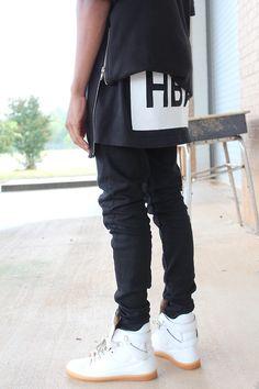 For more fashion follow //FREDERIKKAU