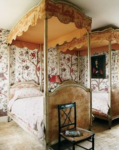 The Most Beautiful Bedrooms From the New Vogue Living Book - Vogue Beautiful Bedrooms, Beautiful Interiors, Beautiful Beds, Beautiful Dream, Juicy Couture, French Bed, English Country Style, Vogue Living, Antique Interior