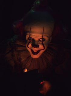 There are seriously so many scary movies coming out this summer. If you like horror and being genuinely terrified, you are going to be so, so set. Halloween Movies, Scary Movies, Horror Movies, Movie Wallpapers, Cute Cartoon Wallpapers, It The Clown Movie, Funny Parrots, Pennywise The Dancing Clown, Horror Artwork