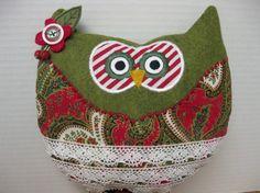 Whimsical Stuffed Christmas Owl | paperandneedleart - Seasonal on ArtFire